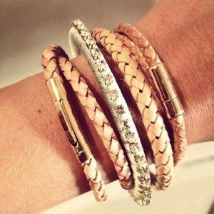 armband skultuna,guld