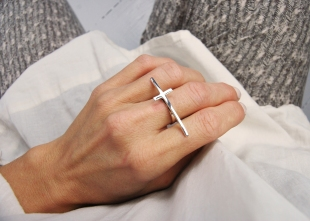silverringarringar-silverkors